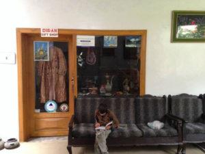 Diran Guest House Gifit Shop