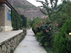 Entry to Diran Guest House minapin