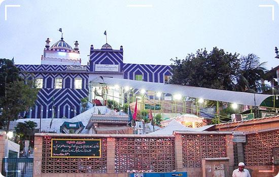Shrine-of-Hazrat-Shah-Abdul-Ghazi