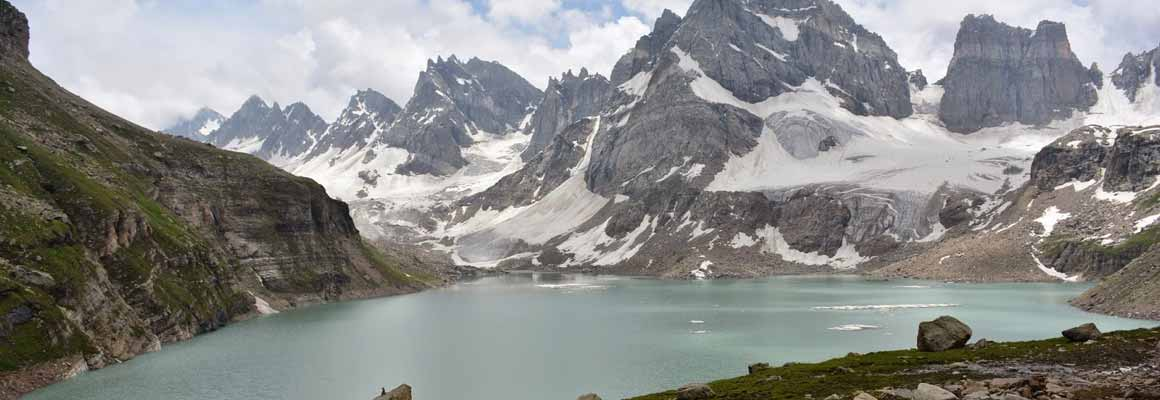 Tour Package to Chitta Katha Lake