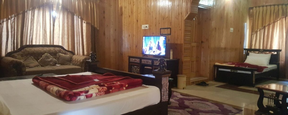 Executive Family Room Hotel Deep Forest Naran Valley