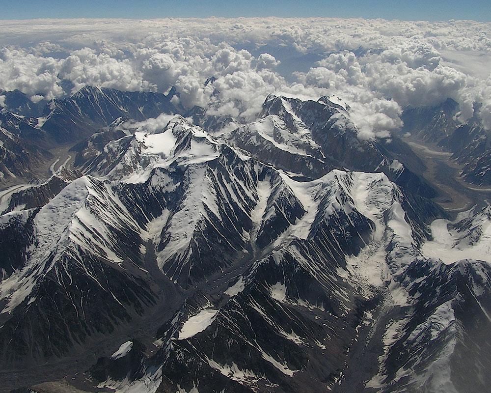 Hindu-Kush-Mountain-Range