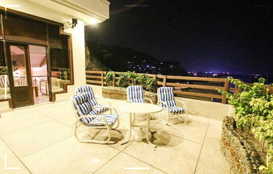 Burj Al Swat A Luxurious Setting In Between The Panoramic View Of Mingora Image 3
