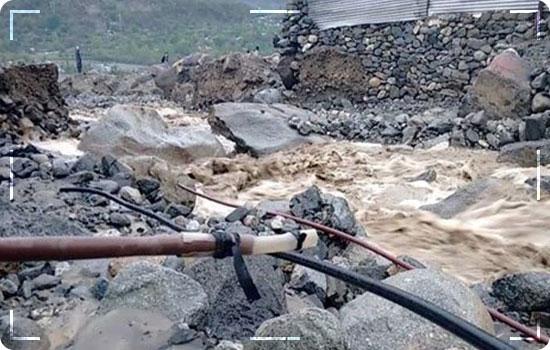 Cloudburst Causes Flash Flood Landslides In Neelum Valley