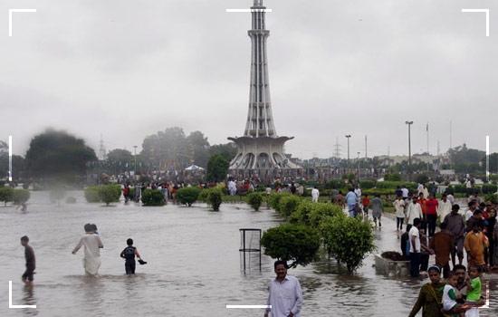 heavy rainfallsin pakistan