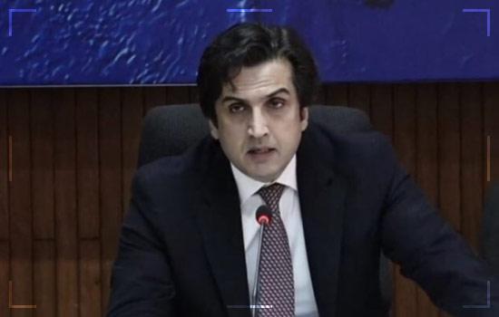 Planning-Minister-Makhdoom-Khusraw-Bakhtiar