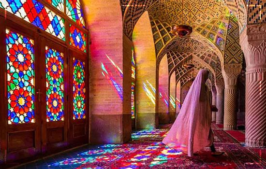 Tourist Arrivals in Iran Image 1