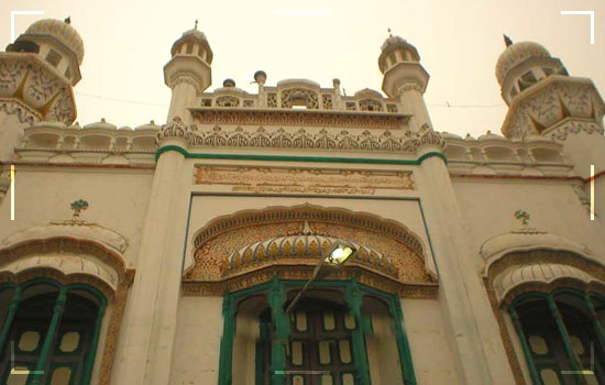Shrine-Of-Hazrat-Syed-Ahmed-Sultan-Sakhi-Sarwar