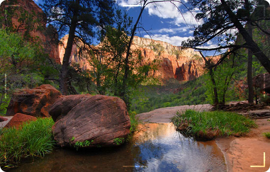 Emerald-Pool-Trail