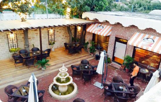 Coffee Crunch Cafe in Peshawar