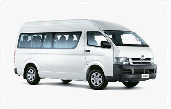 Toyota-Hiace-Grand-Cabin