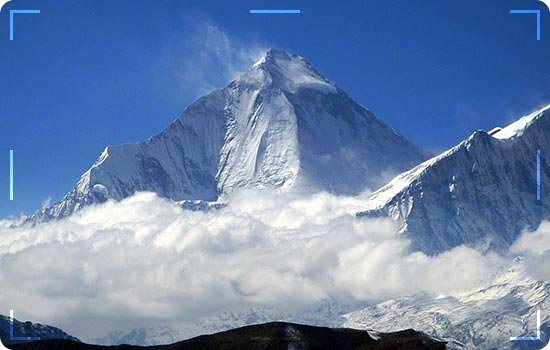 """Climbers Try To Make """"Impossible-Possible"""" Climbs On K2"""