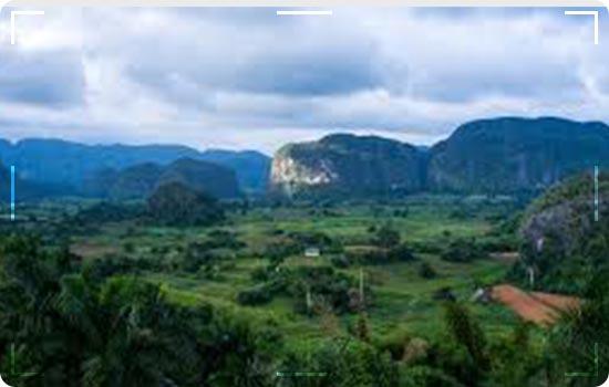 Tourist Attractions In Cuba: Valle-de-Viñales